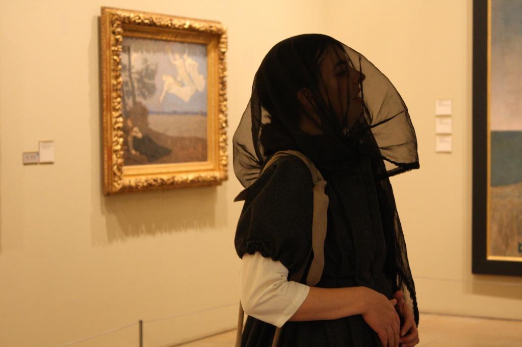 Ma ptite histoire de l'art Orsay Carre blanc sur fond bleu